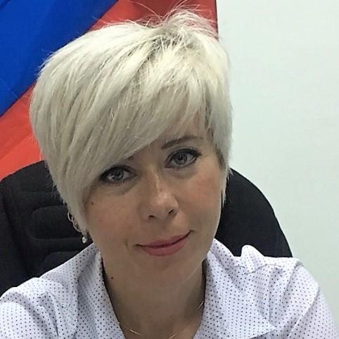 Юлия Жуковская